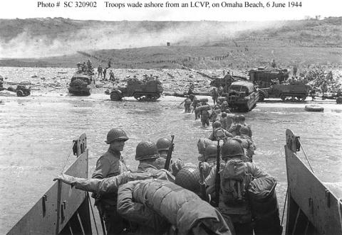 Omaha Beach - Troops Wade Ashore Famous Historical Events Visual Arts World War II Tragedies and Triumphs