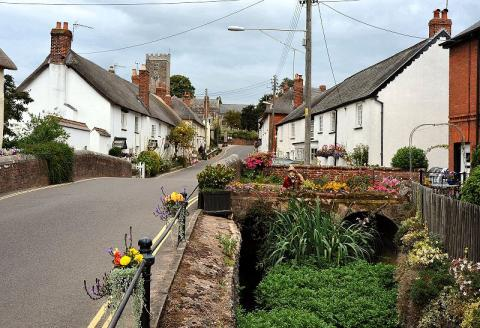 East Budleigh - Sir Walter Raleigh's Birthplace Biographies Legends and Legendary People Social Studies World History Geography