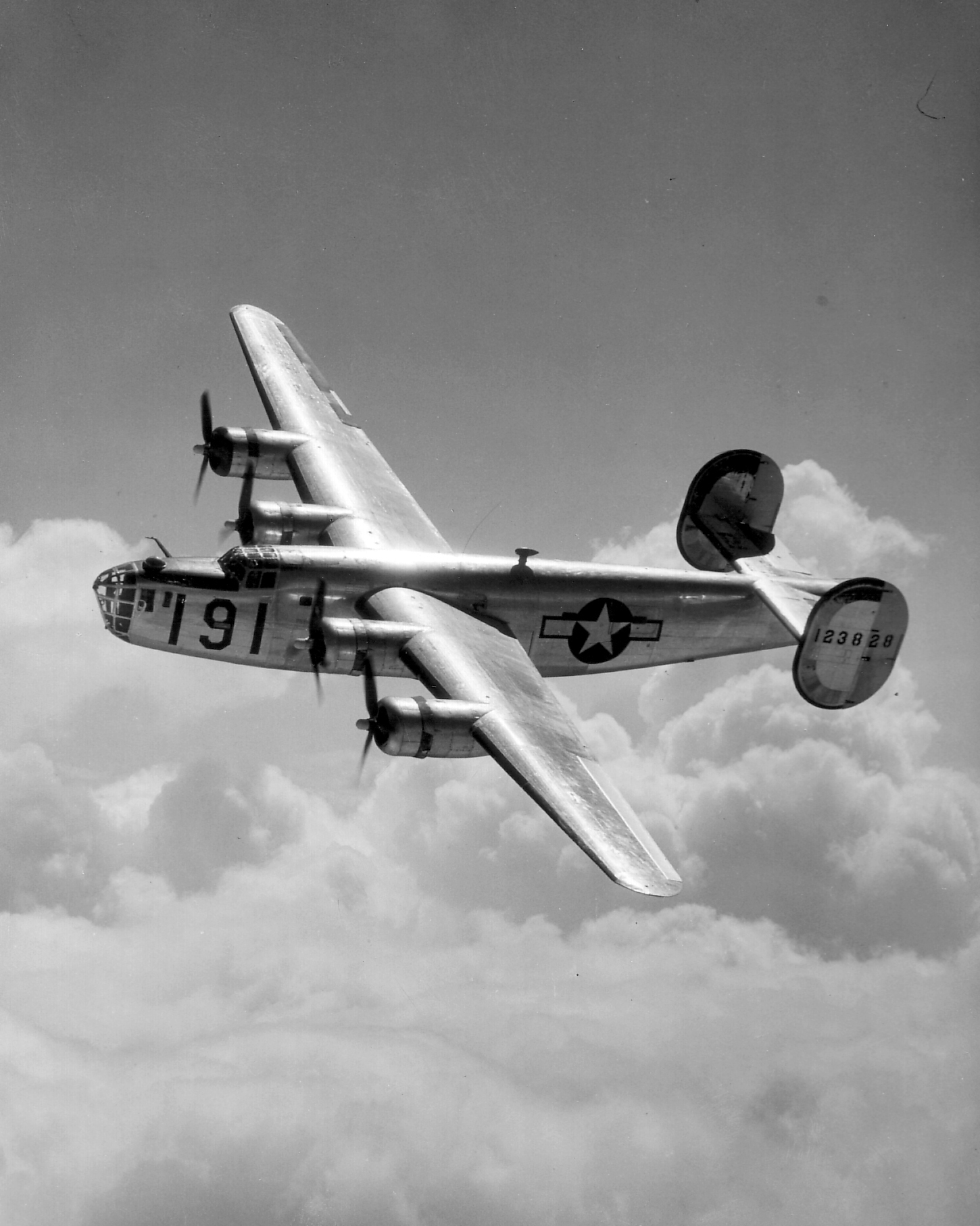 the b 24 bomber Who owns the b-24, the bomber that helped win world war ii us taxpayers paid for it, consolidated aircraft built it, us military pilots flew it, but lockheed.