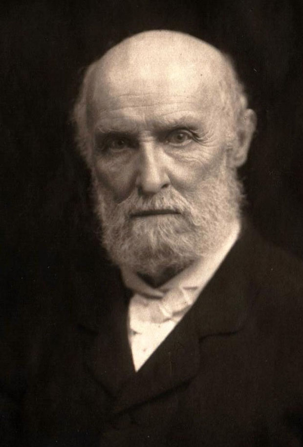 John Llewellyn salary