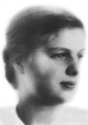 Maria von Wedemeyer - Photo and Brief Bio Social Studies World War II Biographies Visual Arts