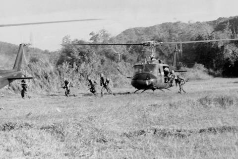 Landings at LZ X-Ray - We Were Soldiers American History Disasters Famous Historical Events Social Studies Tragedies and Triumphs
