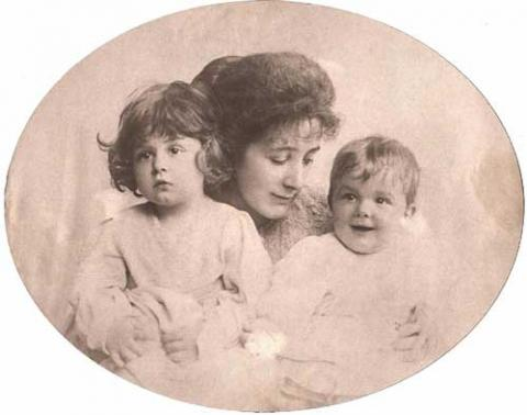 Sylvia Llewelyn Davies with Sons, George and Jack Biographies Tragedies and Triumphs