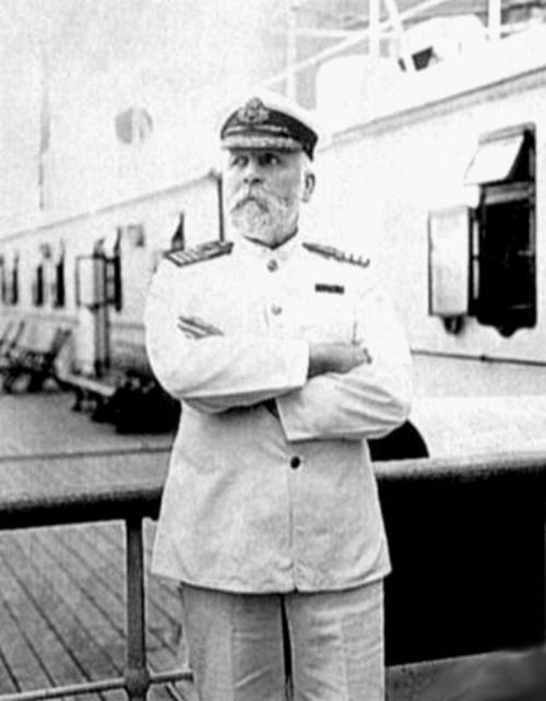 captain edward j smith and the sinking of the titanic So who was captain edward smith keith hamilton looks back at the master of  titanic and fascinating quotes from the man himself.