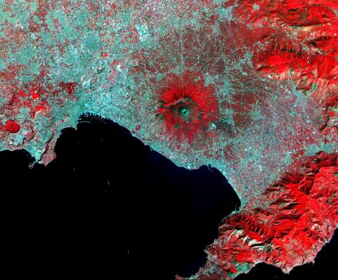 Vesuvius - On a Fault Line Geography History STEM Tragedies and Triumphs Disasters