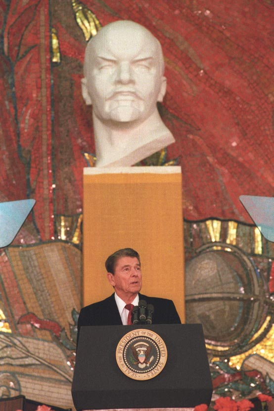 president reagan speaks to students at moscow state university