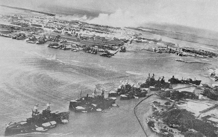 Pearl Harbor Attack Torpedoes En Route To Battleships