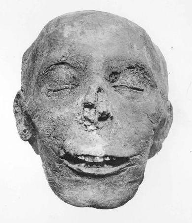 Tuthmosis III A Mummy's Face