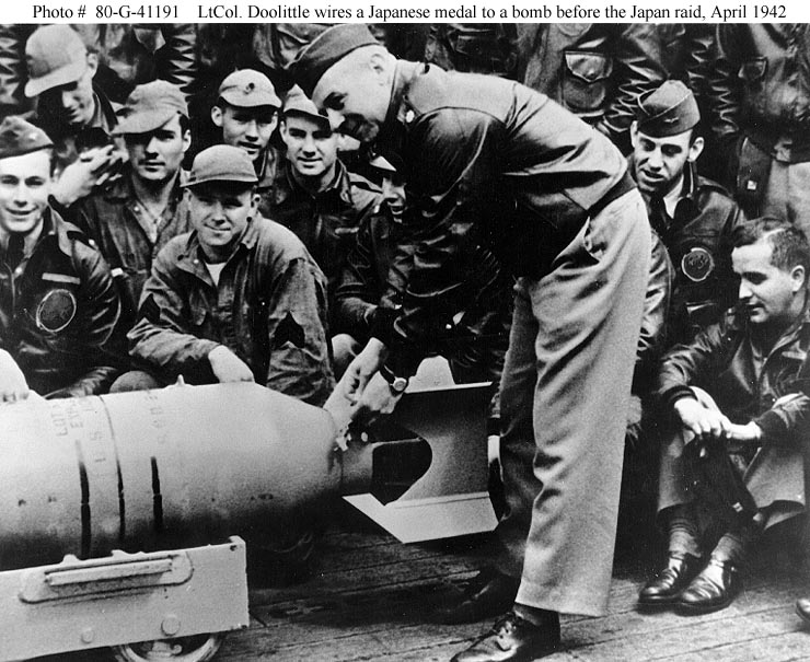 Jimmy Doolittle - Preparing a Bomb for the Tokyo Raid