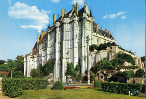 Palace at Chateaudun - Home to Mary of Guise Biographies Famous People World History Social Studies Geography