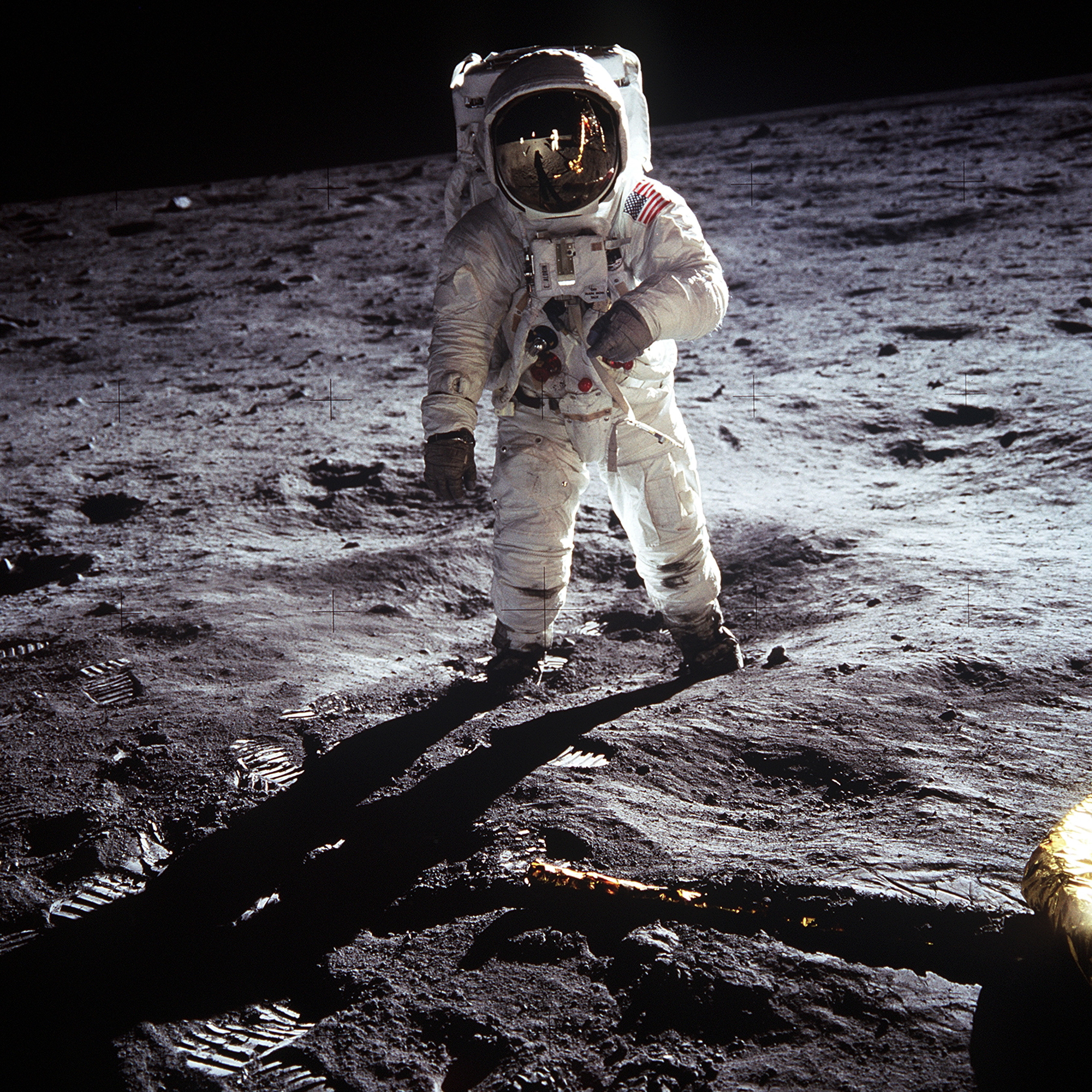 neil armstrong moon exploration - photo #1