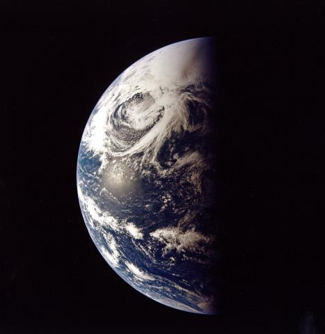 Apollo 13 - Earth from Space