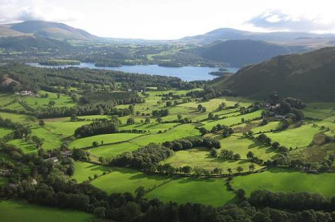 Derwent Water - Britain's Lake District Visual Arts Geography