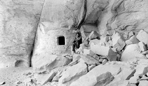 Caves on Navajo Land American History Native-Americans and First Peoples  Social Studies Geography