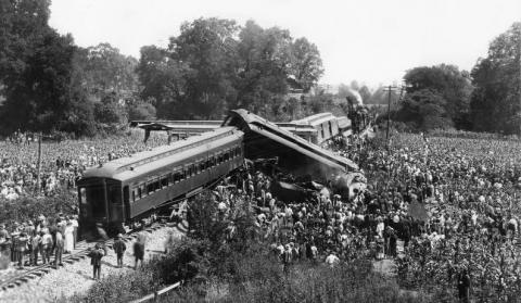 Dutchman's Curve Train Wreck of 1918 Disasters American History World War I