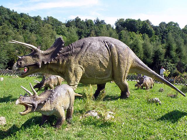 Jurassic Park - TRICERATOPS