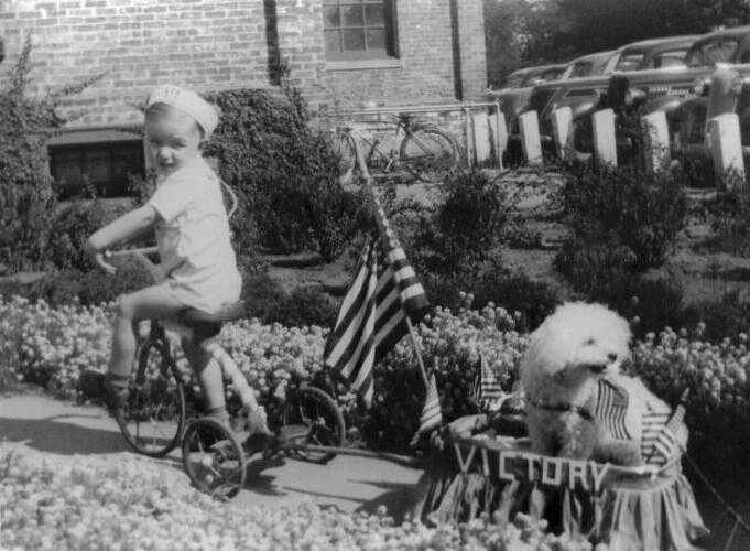 children during world war ii Title: mobilizing children grade level: middle school objectives: analyze objects and images to determine their effect on society during world war ii.